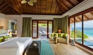 2 Bedroom beach-residence_master-bedroom